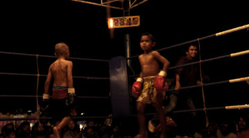 Muay Thai Fight: Lekla Sit Songsompong vs. Kaichon Simpayam, Kru Meung, Buriram