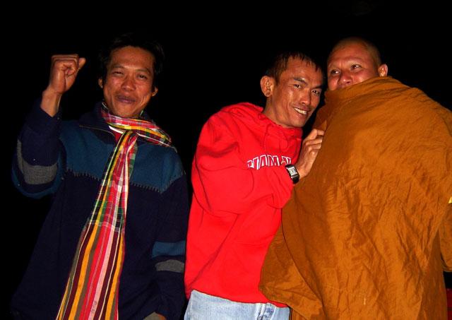 Kru-Phon--Kru-Doh-Santai-Muay-Thai