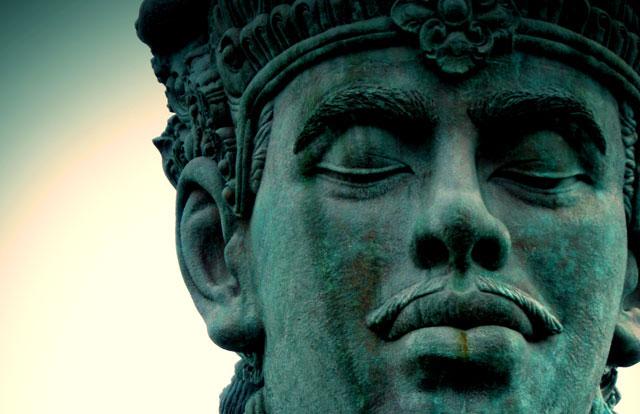 bali-vishnu-sculpture