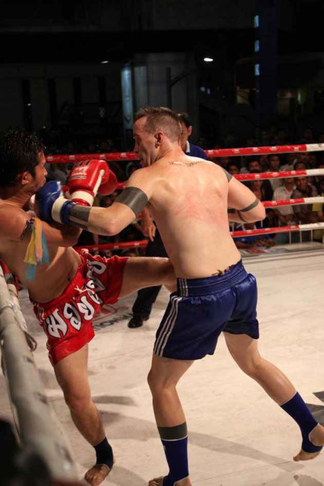matt-lucas-fight-thailand
