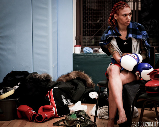 female-muay-thai-fighter-sitting