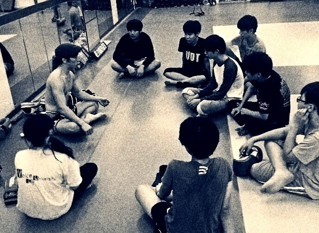 korean-muay-thai-students