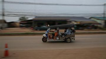 How To Do A Thai Visa Run To Poi Pet, Cambodia