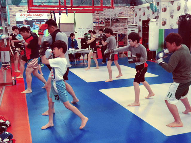 korean-muay-thai-test-stance